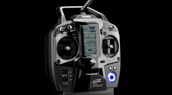 Futaba T4GRS – Sticksender für RC-Cars und RC-Rennboote