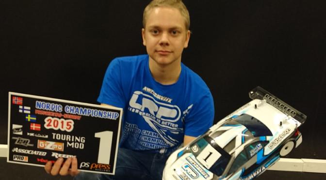 Viljami Kutvonen beschert Awesomatix A800 ersten Sieg