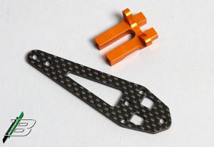 Mit der Kohlefaserplatte kann das Servo spannungsfrei montiert werden.