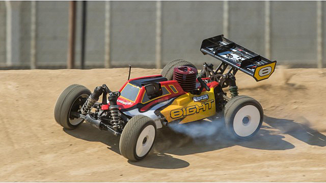Ready to Run: Losi Buggy & Truggy 1:8 Nitro