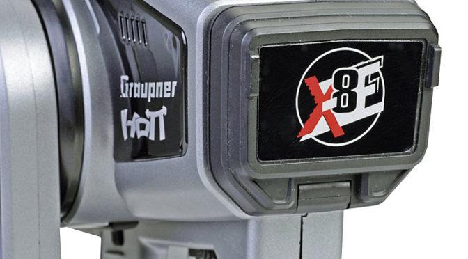 X-8E – der neue Sender von Graupner