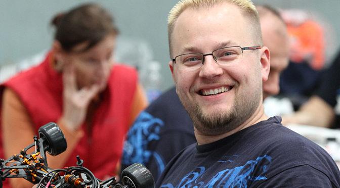 Jan Ratheisky hat seinen Vertrag mit Team Xray verlängert